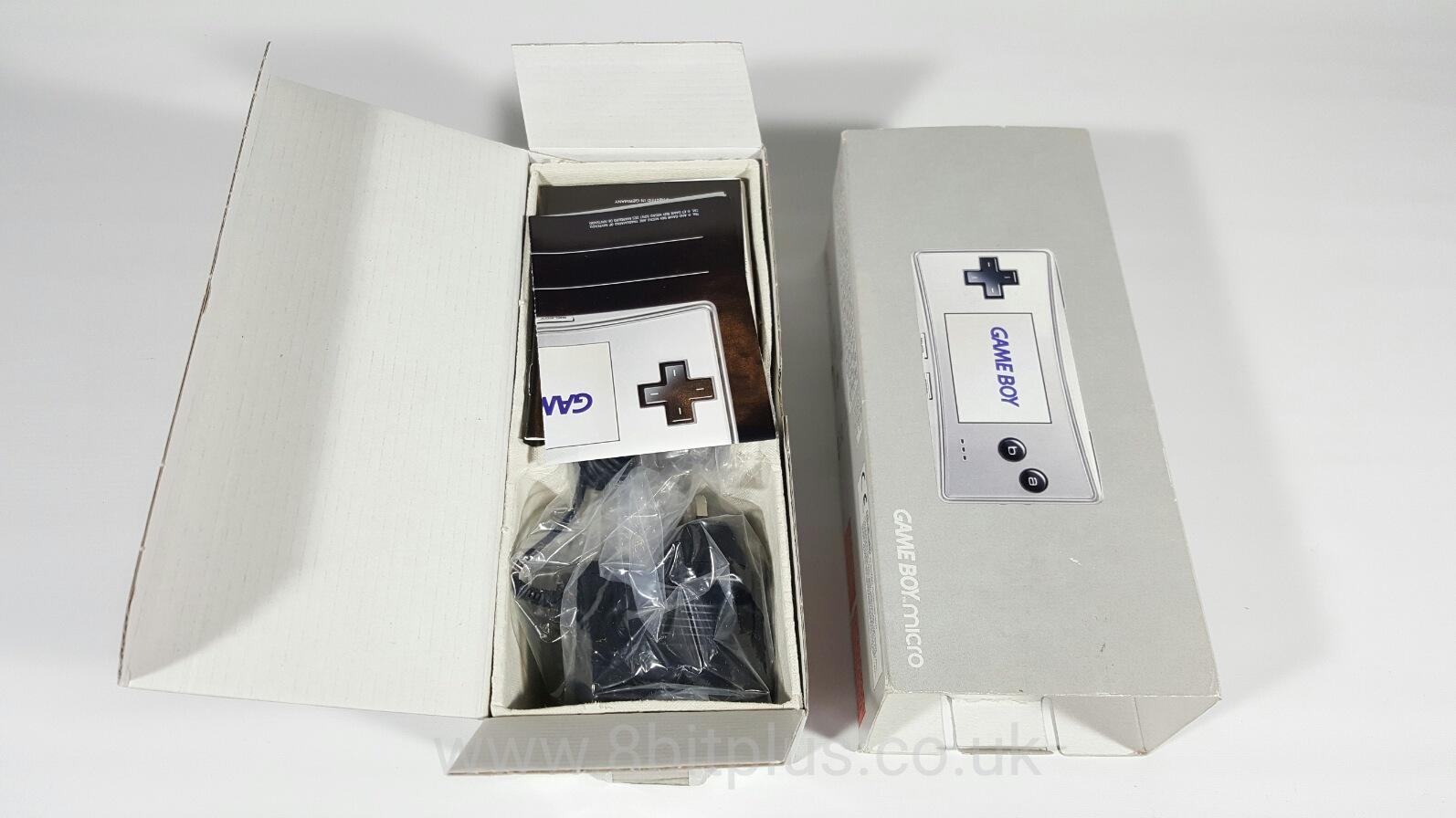 GameBoy_Micro_3