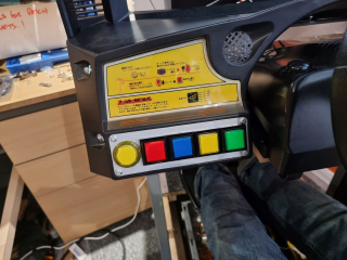 Sega-Rally-cabinet-VR-buttons