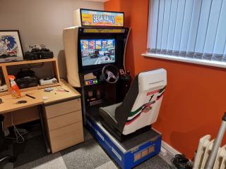 Sega-Rally-cabinet-marquee-2