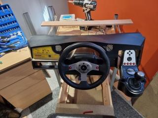 Sega-Rally-cabinet-wheel-and-dash