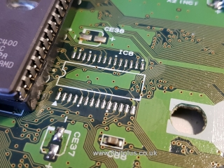 Sega_Saturn_RAM_Removed_1