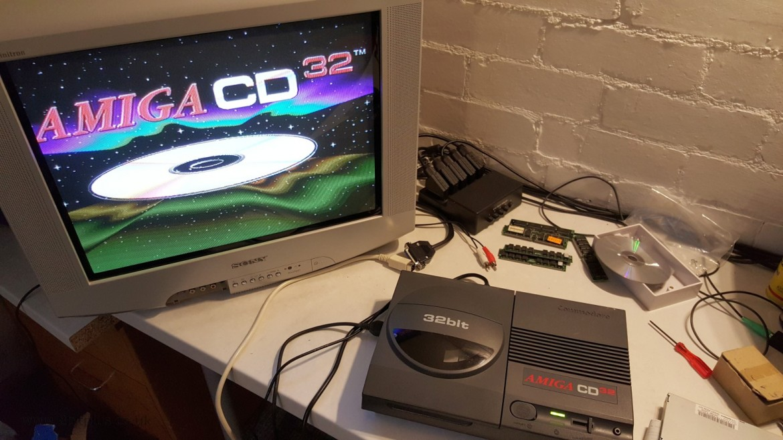 CD32 Amiga